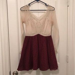 FREE PEOPLE Long Sleeve lace dress